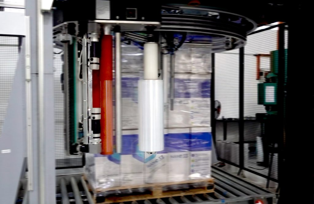 Wrapping Machine with Thong Guan High Performance Stretch Film
